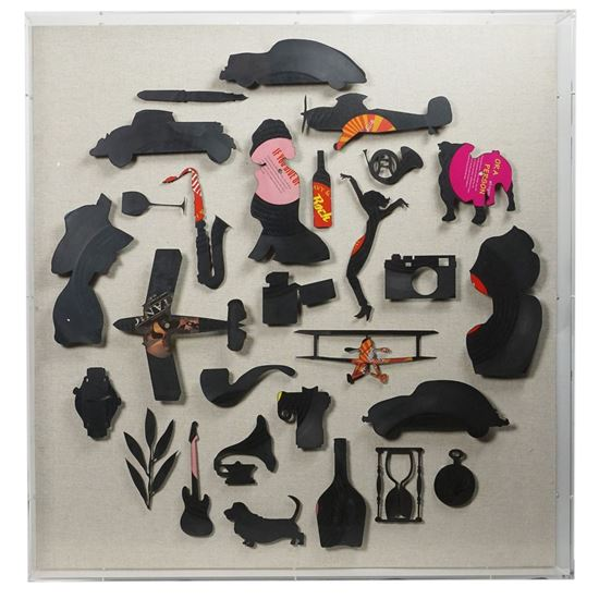 """Picture of 1940s Silhouette Shadow Box Wall Décor (MS38537) 31.50"""" L x 31.50"""" H"""